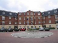 Flat to rent in Queensbury Place...