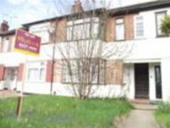 2 bedroom Flat in Squirrels Heath Lane...