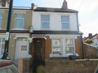Tylecroft Road End of Terrace property to rent