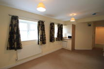 1 bedroom Flat to rent in Church Street, Stone...