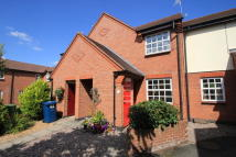 Ground Flat to rent in Perle Brook, Stafford...