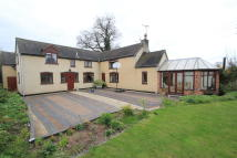 5 bed Detached property in Croft Lane, Gailey...