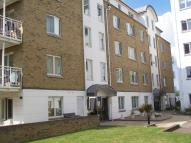 Ground Flat to rent in Point Pleasant, Putney...
