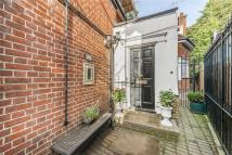property to rent in Rosecroft Avenue, London