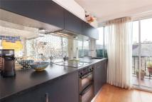 1 bedroom Terraced house to rent in Rosslyn Hill, Hampstead...