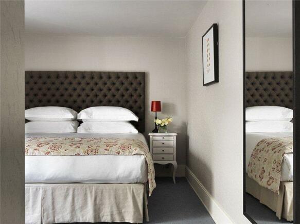 Bedroom Shot2
