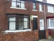 house to rent in School Street...