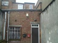 Flat to rent in Orange Grove, Wisbech...