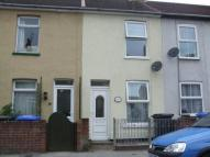 Terraced home to rent in Raglan Street, Lowestoft...