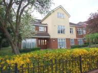Flat for sale in Pampisford Road...