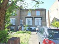 4 bed semi detached property in Lansdowne Road...