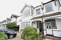 3 bedroom Flat for sale in Purley Park Road, Purley