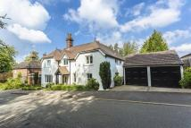 5 bed Detached property in Hermitage Road, Kenley