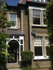 2 bed Ground Flat in Dyne Road, London, NW6