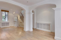 2 bed home to rent in Hillgate Place...