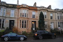 4 bedroom Apartment to rent in 24 Hamilton Park Avenue...