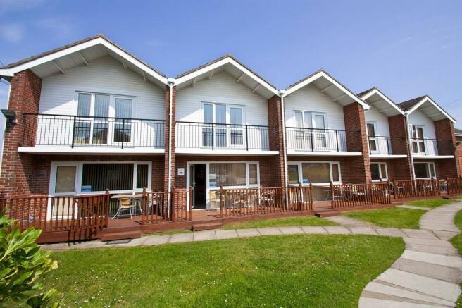 3 Bedroom Villa For Sale In Waterside Park Corton Lowestoft Nr32