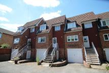4 bed Town House in Villiers Avenue, Surbiton