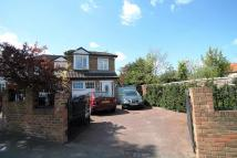 4 bed property to rent in Villiers Avenue, Surbiton