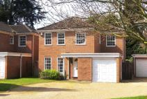 Detached house in Stoneleigh Park...