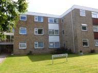 2 bed Flat to rent in Harewood Road, Croydon...