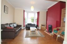 3 bed house in Spencer Street, Heaton