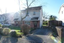 3 bed semi detached property to rent in Clos Cenawon...