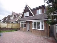 4 bed Chalet in Brookdene Avenue...