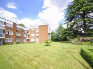 2 bedroom Flat in Manning Court...