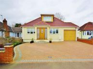 3 bed Detached Bungalow in Greenfield Ave...
