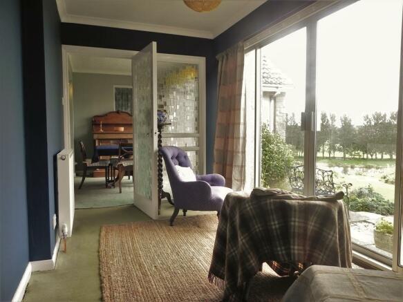 New Sun Lounge (Property Image)