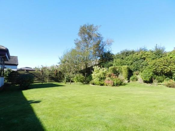 Garden 3 (Property Image)