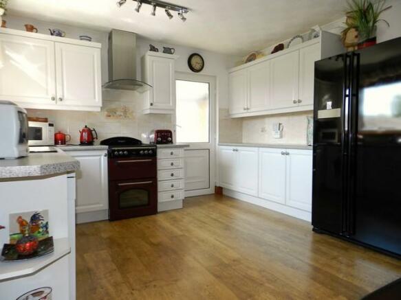 Kitchen 3 (Property Image)