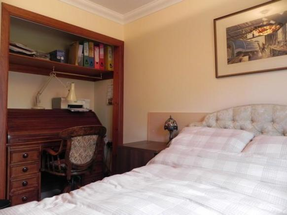 Bed 2 3 (Property Image)