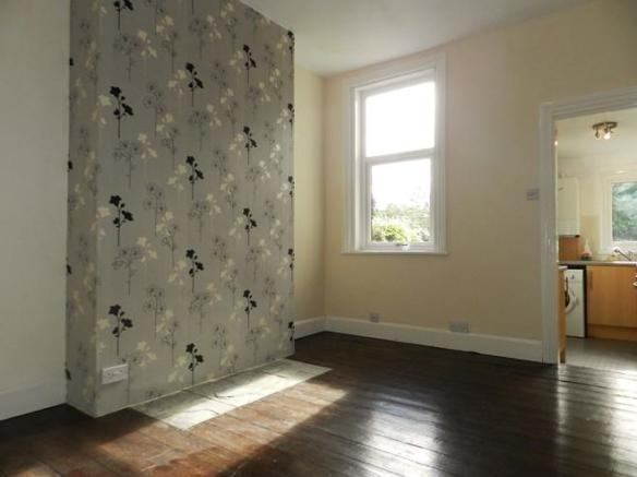 154 Annan Rd Dining Room 1 (Property Image)