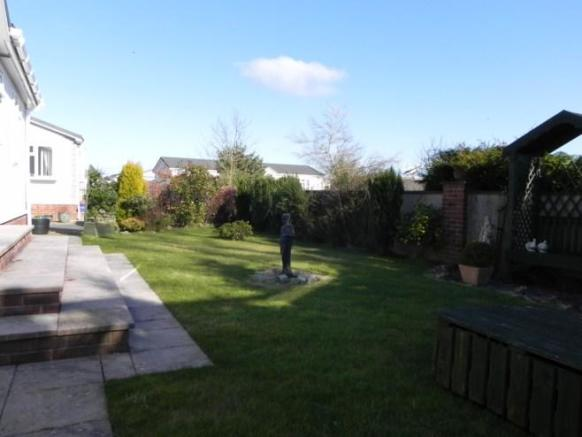 Main garden greenfield [property images]