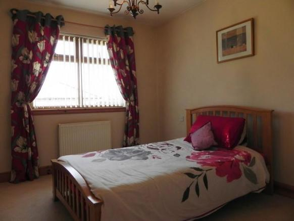 Guest bed (Property Image)