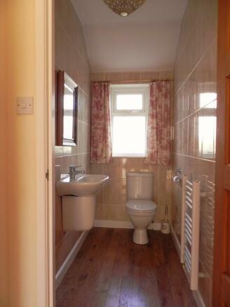 Toilet (Property Image)
