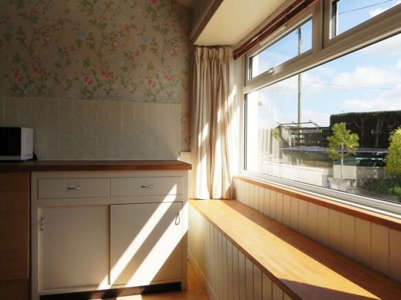 Window Seat Kitchen (Property Image)