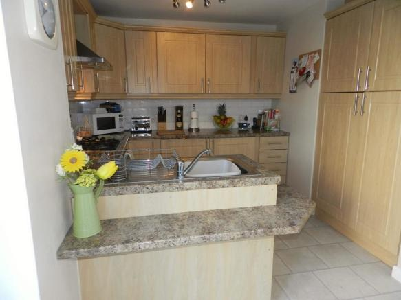 Kitchen 3 (Property Image)