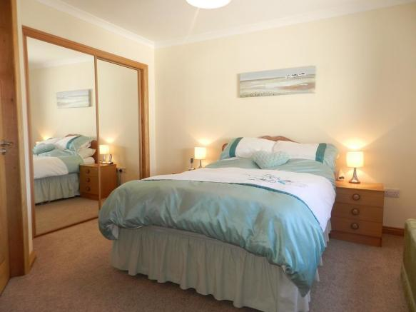 Bedroom 2 1 (Property Image)