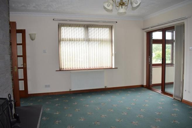 Lounge 2 (Property Image)