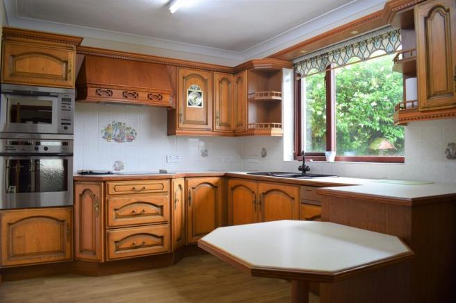 Kitchen (Property Image)