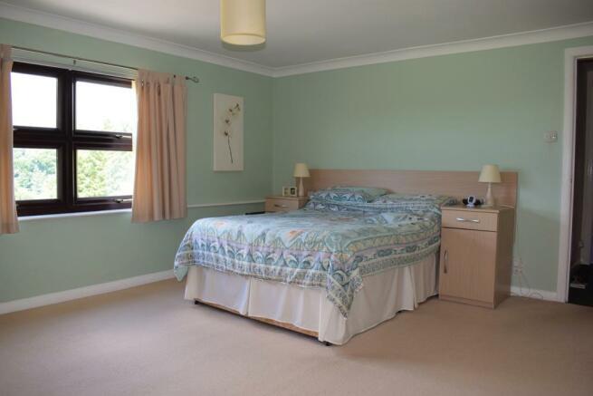 Main Bedroom 1 (Property Image)