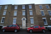 Flat to rent in Chapel Place, Ramsgate...