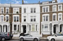 2 bedroom Flat in Sinclair Road, W14