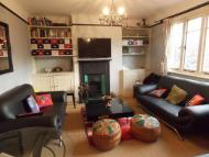 Flat to rent in Acacia Road, W3