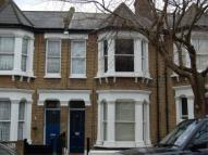 Flat to rent in Meon Road, W3