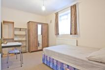 2 bedroom Flat in Havelock Close, W12