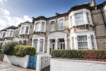 4 bedroom home to rent in Shakespeare Road, W3
